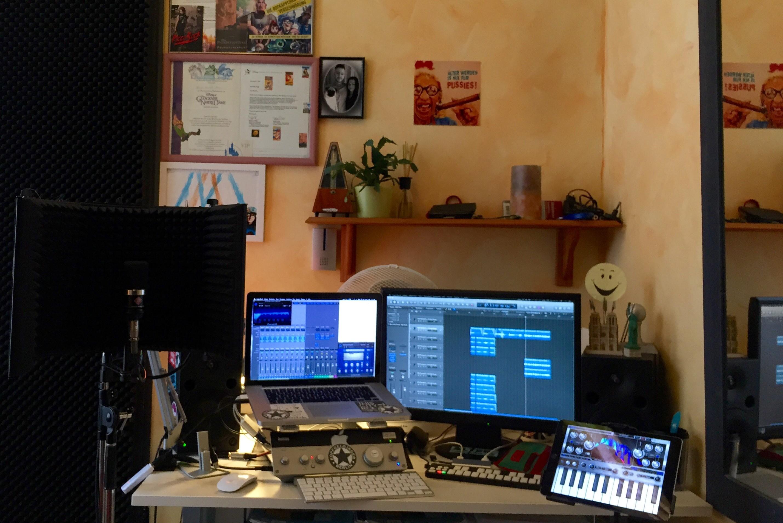 Gesang/ Musiktherapie: Hendrik Bruch