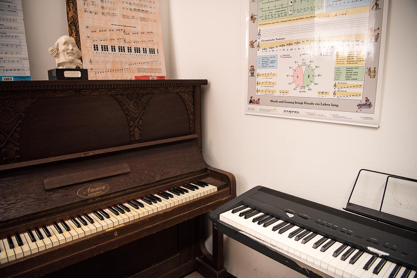 Lehrer Klavier/ Keyboard: Posaune/ Musiktherapie: Frank Hultzsch
